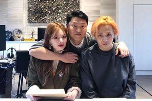 Bức ảnh xác thực đồn đoán: 100% HyunA và E'Dawn đã chính thức về chung một nhà với PSY
