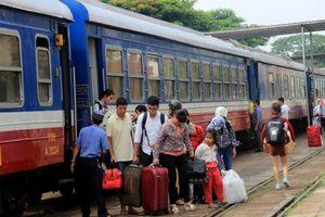 Sự cố tàu SE1 trật ray ở Bình Thuận: Thay đổi giờ khởi hành một số chuyến tàu