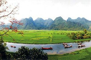 Phát huy tối đa tiềm năng, thế mạnh du lịch Hương Sơn