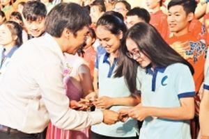 Nhiều hoạt động chăm lo cho sinh viên