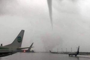 Vòi rồng quần nát sân bay Thổ Nhĩ Kỳ, phá hủy nhiều phi cơ