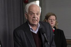 Ngoại trưởng Canada lý giải việc Đại sứ tại Trung Quốc bị sa thải