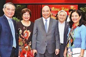 Thủ tướng Nguyễn Xuân Phúc chúc Tết các đồng chí lãnh đạo, nguyên lãnh đạo khu vực miền trung