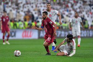 Qatar thắng thuyết phục 4-0 trước UAE