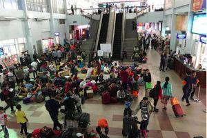 Gần 500 hành khách ở ga Sài Gòn được chở ra Bình Thuận đi tàu