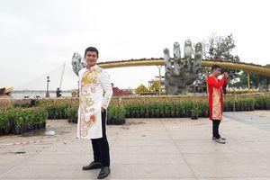 'Cầu Vàng' tại đường hoa xuân Kỷ Hợi 2019 là điểm check-in 'hot' ở Đà Nẵng dịp Tết