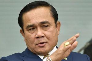 Thủ tướng Thái quyết ở lại dù 4 bộ trưởng từ chức