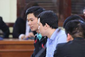 Vụ án chạy thận làm 9 người chết: Bác sĩ Hoàng Công Lương nhận mức án 42 tháng tù
