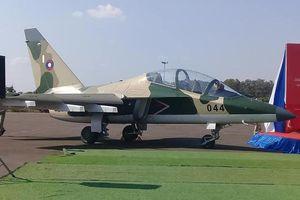 Nga chính thức chuyển giao 4 máy bay Yak-130 cho Lào