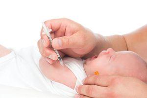 Những cách giảm đau cho trẻ khi tiêm, cha mẹ nào cũng nên biết