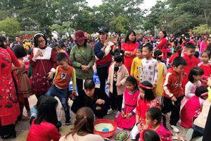 Học sinh Hải Phòng được trải nghiệm ngày Tết cổ truyền ở trường học