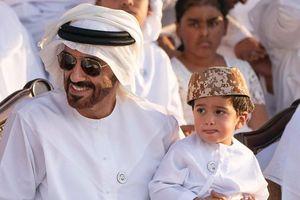 Hoàng tử UAE mua sạch vé, không cho dân Qatar vào xem bán kết Asian Cup quyền lực đến mức nào?