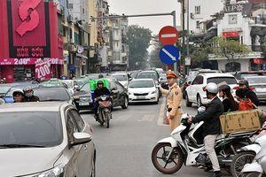 Ngăn chặn ùn tắc và tai nạn giao thông những ngày giáp Tết