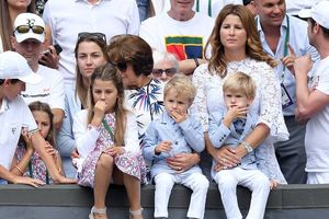 Roger Federer: Cấm cô vợ Mirka nói chuyện với truyền thông