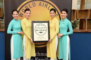 Nữ tiếp viên hàng không và kỷ niệm đón Tết trên trời