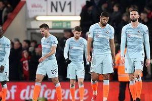 Chelsea thất bại tan nát trong ngày ra mắt của Higuain