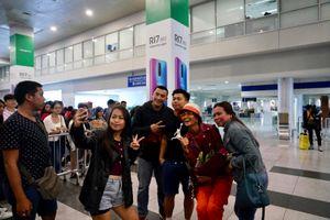 H'Hen Niê được chào đón khi đến Philippines