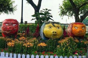 Tượng heo chào xuân ở Sài Gòn, Đồng Nai bị dân mạng chê xấu, kinh dị