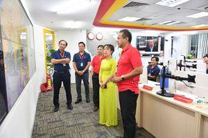 Lãnh đạo Vietjet kiểm tra công tác phục vụ hành khách tại sân bay Tân Sơn Nhất