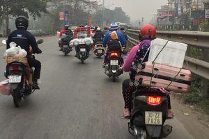 Nhộn nhịp về quê đón tết bằng xe máy
