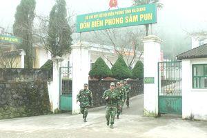 Tết sớm của người lính biên phòng Săm Pun