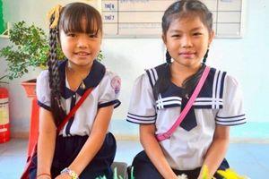 Hai học sinh tiểu học trả lại 4 lượng vàng cho người đánh rơi