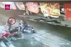 Tình tiết mới nhất vụ tài xế taxi bị cứa cổ ở Mỹ Đình