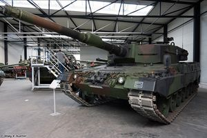 Sung sướng, rạo rực khám phá Bảo tàng xe tăng Đức (2)