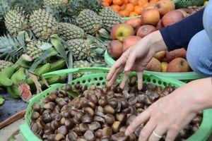 Đủ thứ hấp dẫn ở chợ Tết Trùng Khánh
