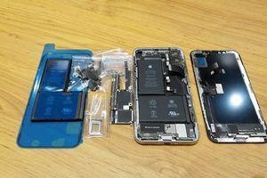Đây là cách tạo ra một chiếc iPhone X giá 10 triệu