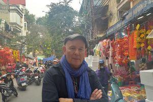 Người nước ngoài: 'Tết ở Việt Nam đáng sợ, người ta uống quá nhiều rượu'