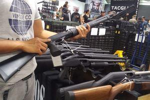 Trải nghiệm hội chợ súng ở Mỹ