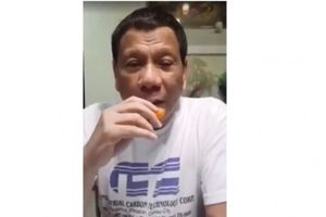 Ông Duterte xuất hiện trên Facebook để xóa tan tin đồn qua đời