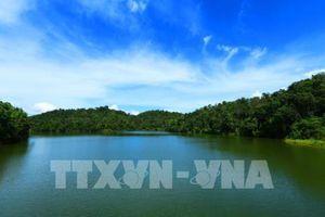 Hồ Pá Khoang - Viên ngọc bích tô điểm núi rừng Tây Bắc