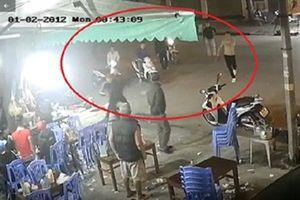 Thanh Hóa: Bắt gọn băng nhóm dùng dao kiếm truy sát người nhờ cameraBắt nhóm côn đồ truy sát nhiều người ở Sầm Sơn