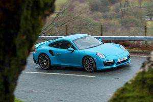 Porsche nhận lỗi thông báo sai mức tiêu thụ nhiên liệu của xe thể thao 911