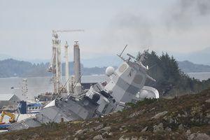 Hải quân Na Uy kích nổ vũ khí trên tàu Helge Ingstad bị đắm