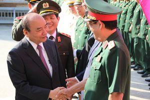 Thủ tướng 'xông đất' Bộ Chỉ huy quân sự TP Đà Nẵng