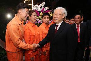 Tổng Bí thư, Chủ tịch nước Nguyễn Phú Trọng thăm và chúc Tết nhiều đơn vị