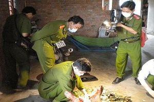 Hòa Bình: Bắt nghi can giết vợ, đâm bị thương 2 em vợ