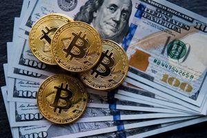 Thị trường tài chính 2019: Bitcoin xuống dốc, vàng đầy hi vọng