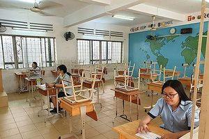 Ở Sài Gòn, có một phòng thi chỉ 3 thí sinh