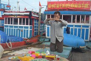 Ngư dân Lý Sơn mở cửa biển đầu năm mới