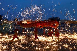 Lễ hội đèn lồng Trung Hoa tô điểm mùa Tết truyền thống