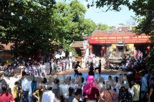 Để lễ hội là nét đẹp văn hóa người Việt