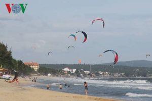 Bình Thuận thu hút đông khách du lịch trong dịp nghỉ Tết