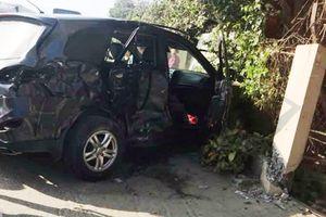 Thanh Hóa: Xe khách tông xe con, 8 người thương vong