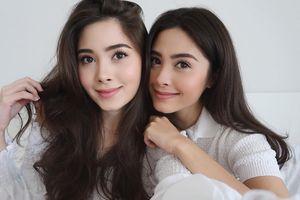 Cặp song sinh Thái Lan nổi tiếng vì xinh đẹp, có cuộc sống sang chảnh