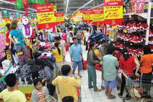 Nhiều siêu thị mở cửa trở lại, giá cả hàng hóa ổn định