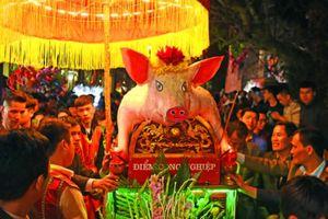 Độc đáo lễ hội rước 'ông Lợn'...